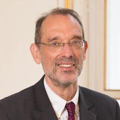 Portraitfoto BM Heinz Faßmann
